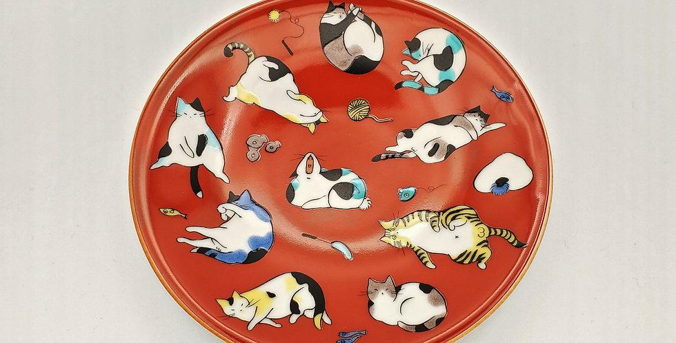 Lying Cats Round Dish