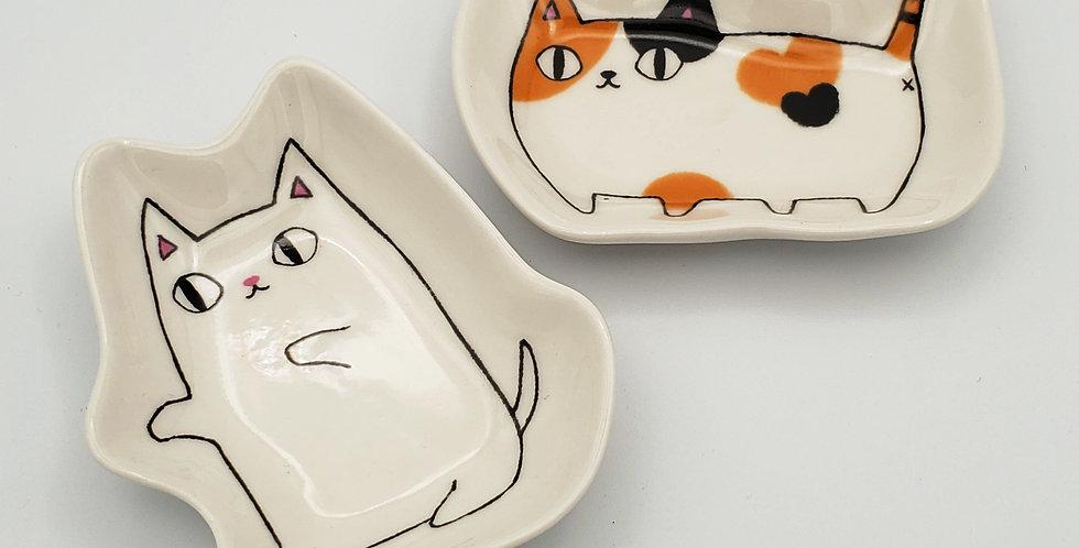 Shiro Cat Sauce Dish