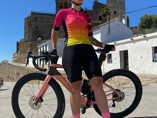 Why can't I wear a t-shirt for cycling?