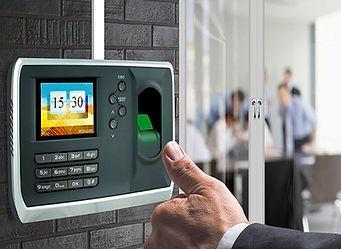 parmak izli şifreli kartlı geçiş