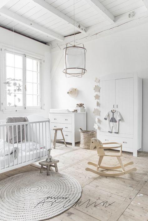 לבן על לבן : חדרי ילדים לבנים וצחים לכבוד שבועות