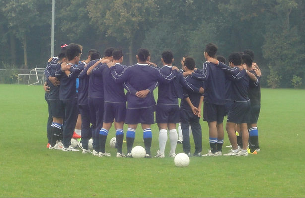 football-987925_1920.jpg