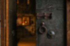 Door_Room_eight_escape_rooms_manly.jpg