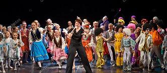 depositphotos_20785267-stock-photo-dance