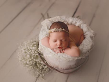 Une séance avec une photographe pour bébé: le plus beau des cadeaux