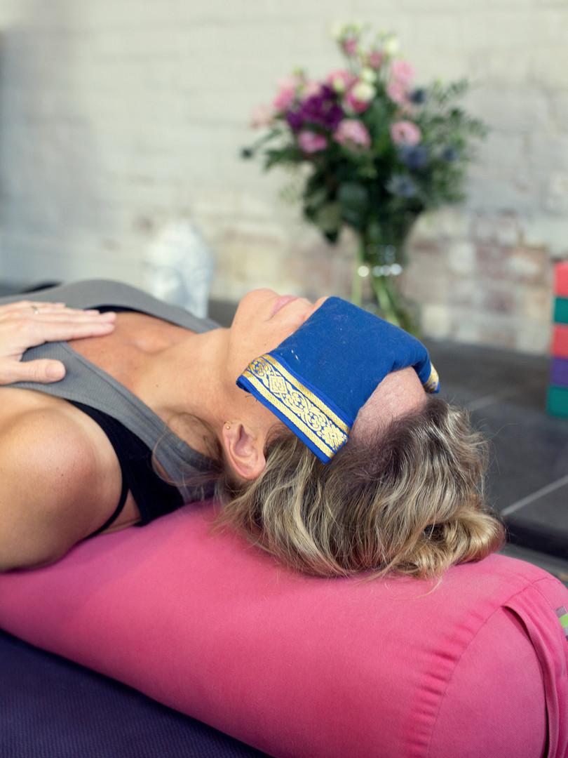 Hatha Yoga (65mins)
