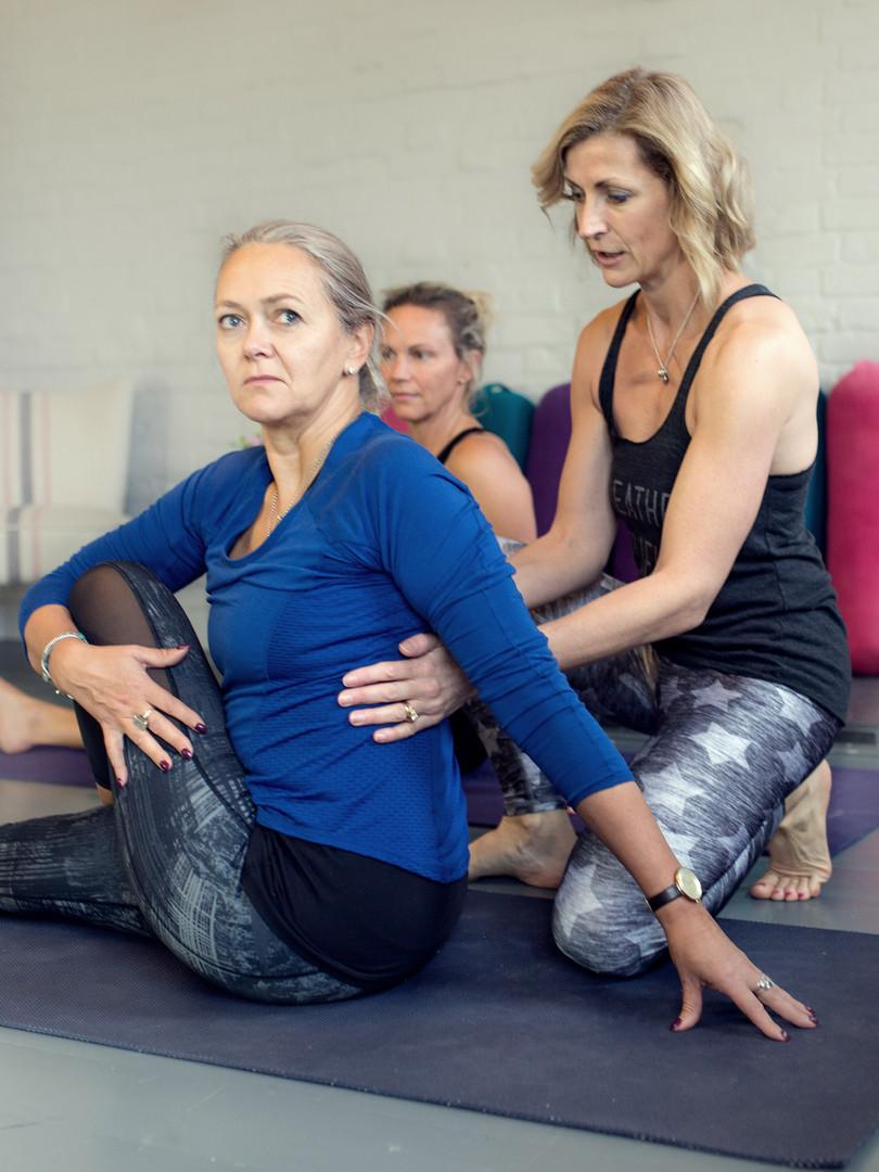Hatha Yoga Evening (65 mins)