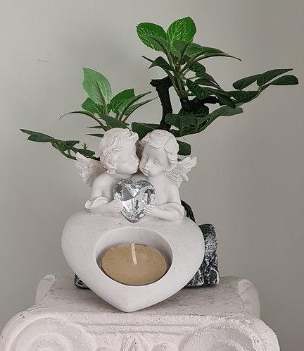 Teelicht mit Engelfiguren