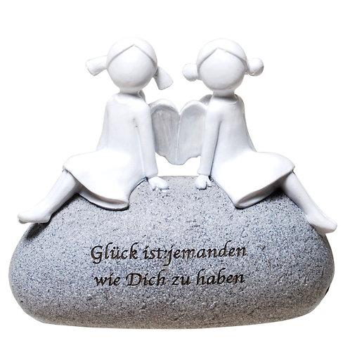 """Engel-Paar auf Stein """"Glück ist.."""