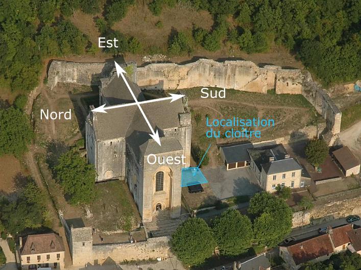 Vue aérienne de l'abbatiale avec localisation du cloître