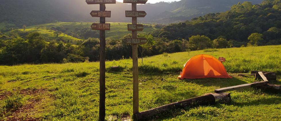 Camping Alta Resolução.jpg