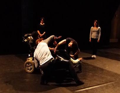 1er & 02 décembre : Stage Danse / Théâtre avec la metteuse en scène Marie-Laure Crochant et la c