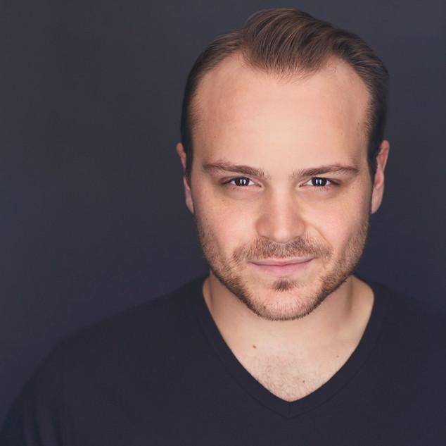 Peter Fanone (Dominic)