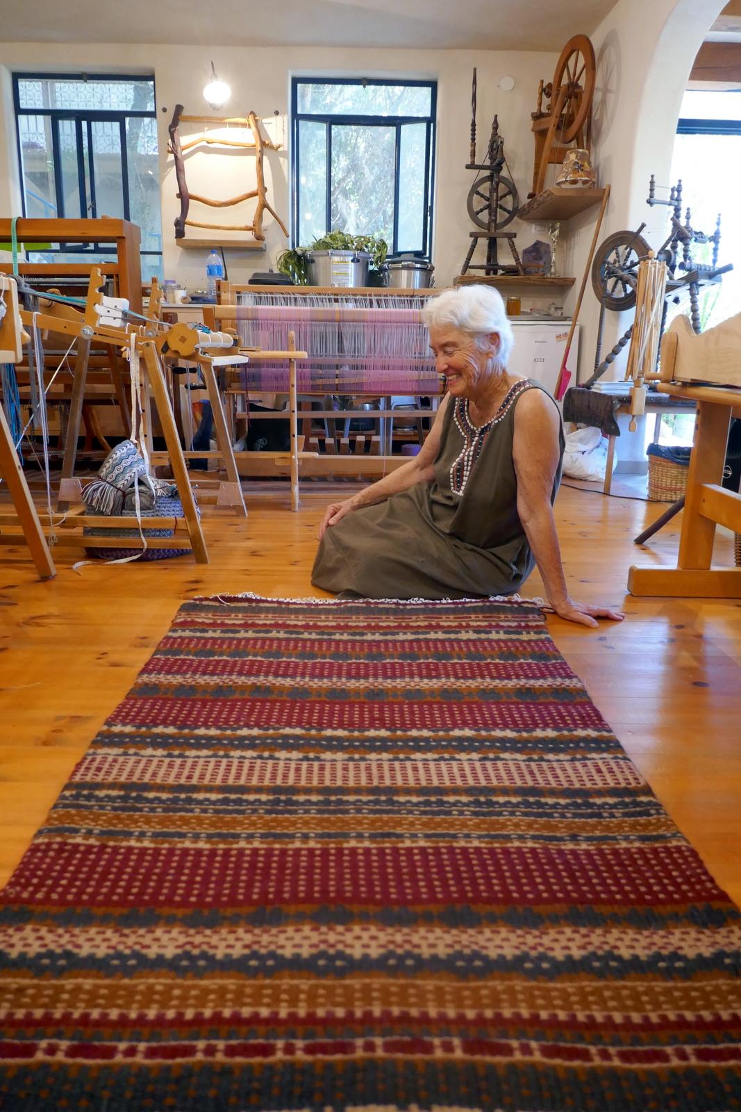 שטיח סקנדינבי פרי ידיה של חגית