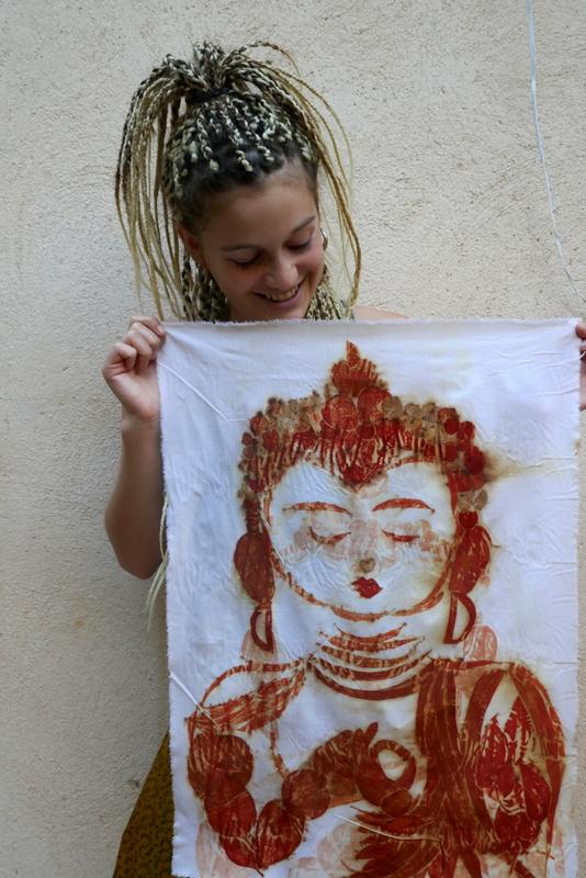 בודהה מעלים