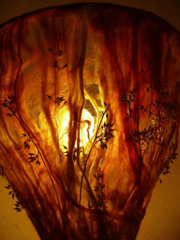 סיבי צמר צבועים מאקליפטוס