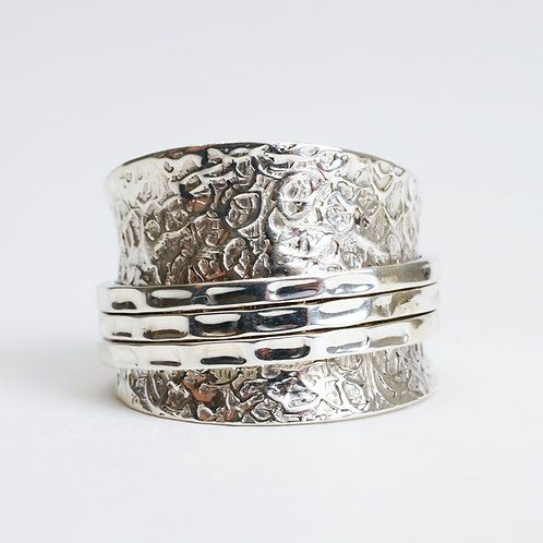 Etched Silver Spinner Ring