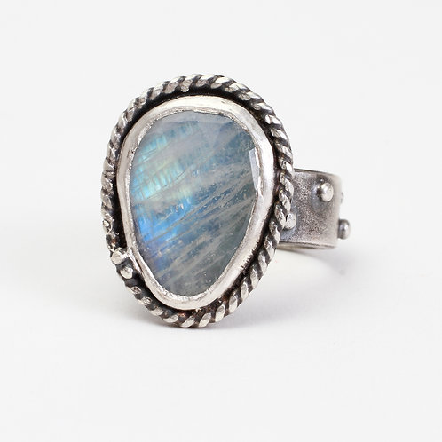 Handcrafted Moonstone Ring