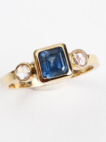 Montana Sapphire & Diamond Ring