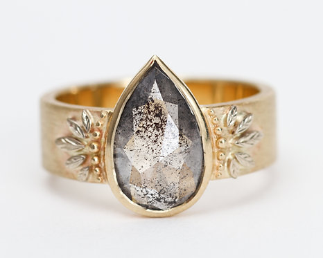 The Lantana Ring