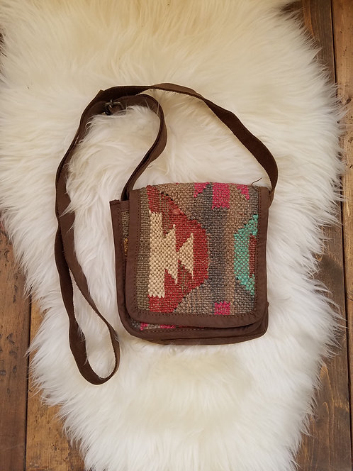 """Small Front Flap Cross Body Jute Bag with Leather Trim & Straps.  Size: 6.5"""" x 7"""