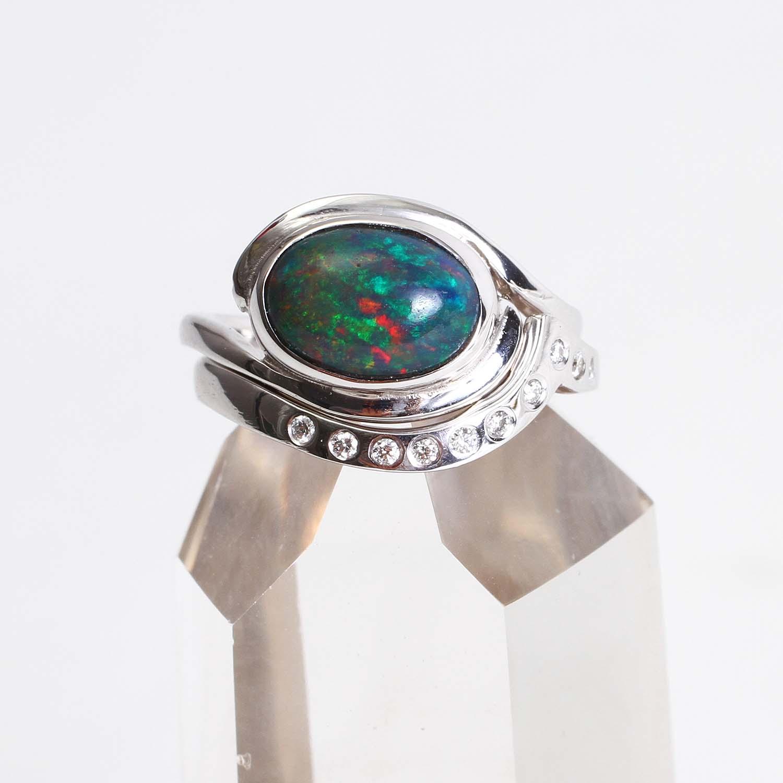 Black Opal Wedding Set