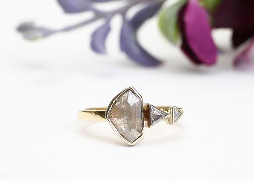 The Calluna Ring