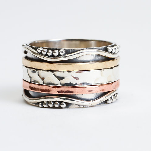 Ripple Spinner Ring