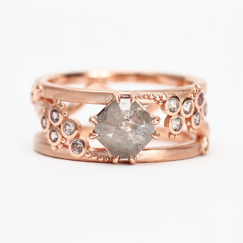 The Gladiolus Ring