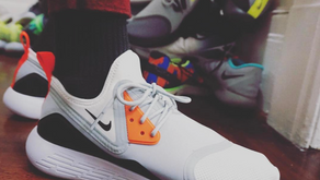 Nike LunarCharge LE nas cores tradicionais da linha Air Max