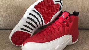 """Air Jordan 12 """"Gym Red"""" no Brasil!"""