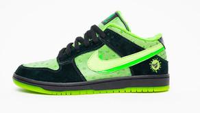 """CUSTOM - Nike SB Dunk Low """"Stay Home"""" irá arrecadar dinheiro para a caridade"""