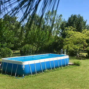 Pool in coutry side between Montpelier and nimes
