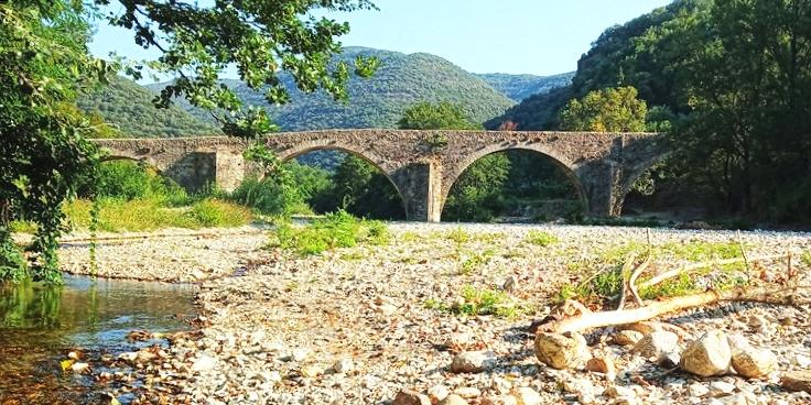 le pont des camisards prés d'anduze