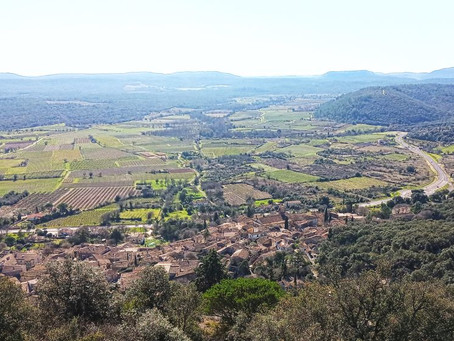 Balade nature sur les hauteurs du village de Corconne