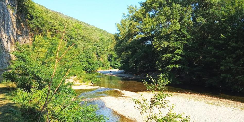 Vue sur la rivière le gardon de Mialet