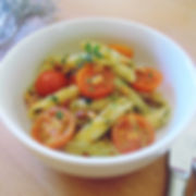penne, tomatoes and pesto