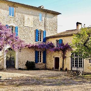 authentic provencal mansion villa de labruguiere lacoste