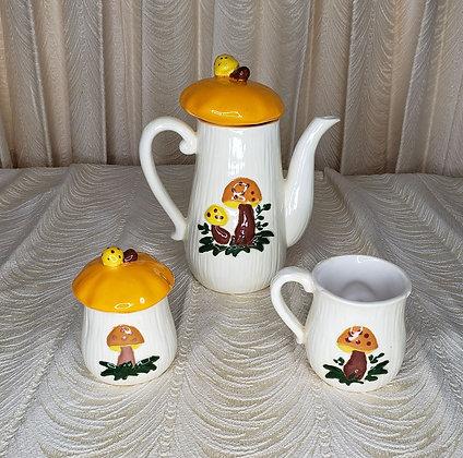 70's Mushroom Tea Set w Cream and Sugar