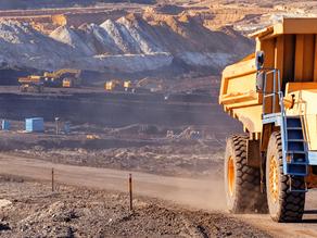 Barrick Gold oder Newmont Mining Aktie Kaufen ?