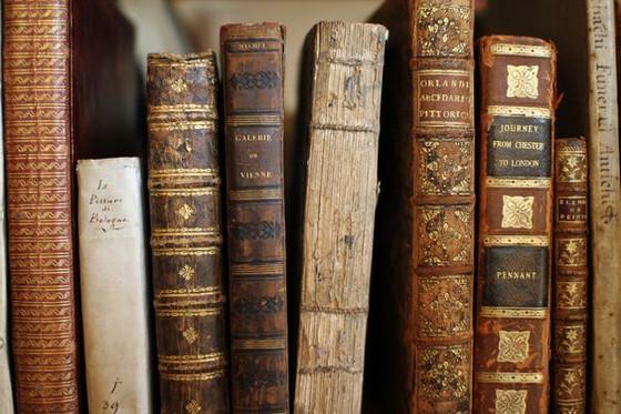 Define Literary Fiction
