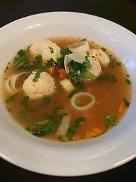 Fasan Suppe med Fasan souffle boller