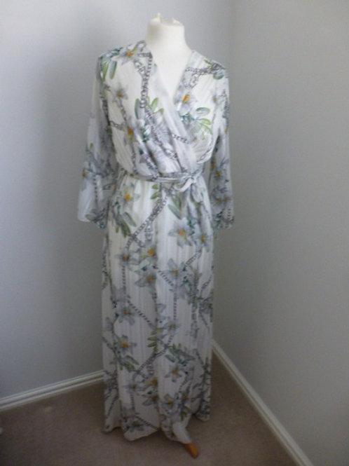 White Floral & Chain Print Maxi Dress