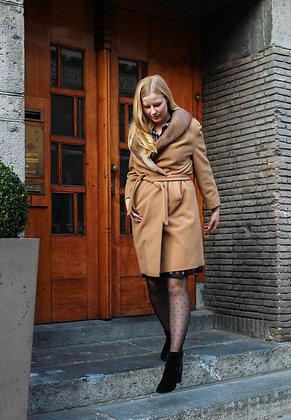 Furry Neck Wool Camel Coat