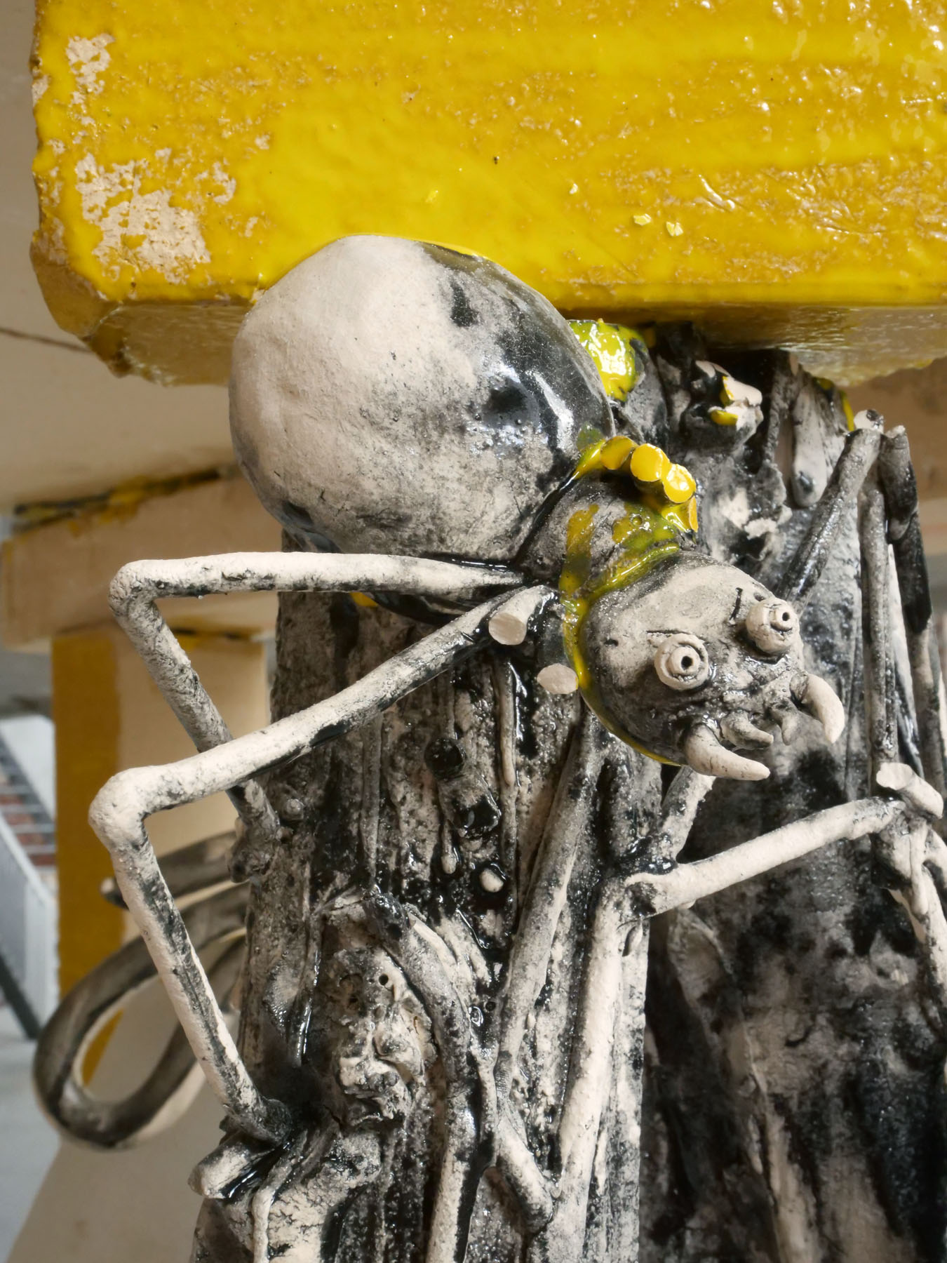 Frying Clay (detail spider)- clay, glaze
