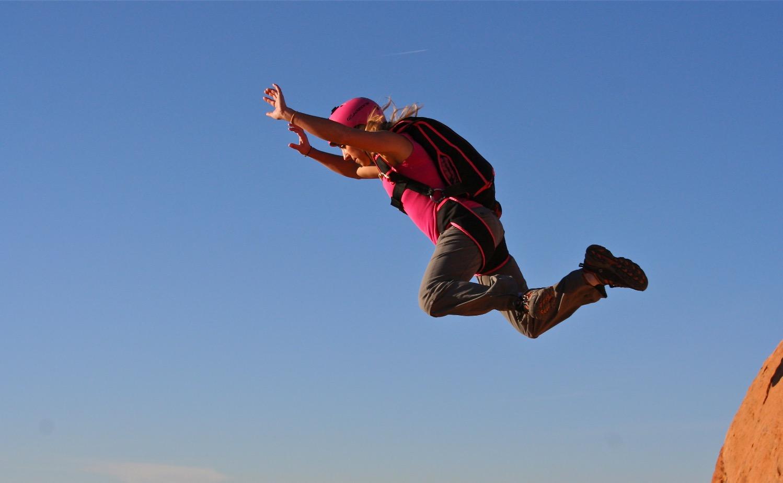 BASE JUMPING