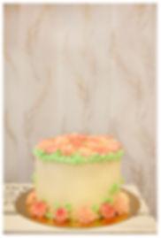 Tårta med smörkrämsblommor