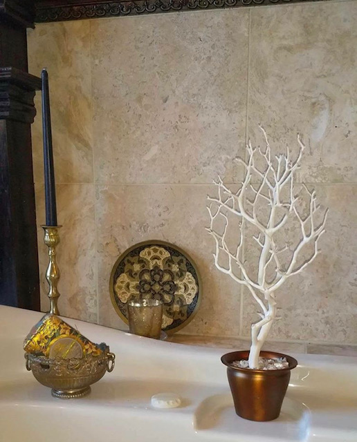 bathroom accent tree