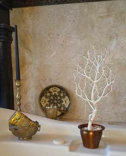 bathroom accent tree