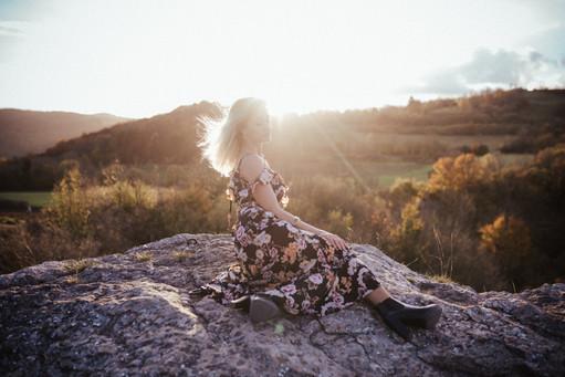 Portrait Woman Outdoor -85.jpg